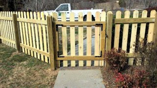 4-FT Picket Fence  C&C Fencing 4